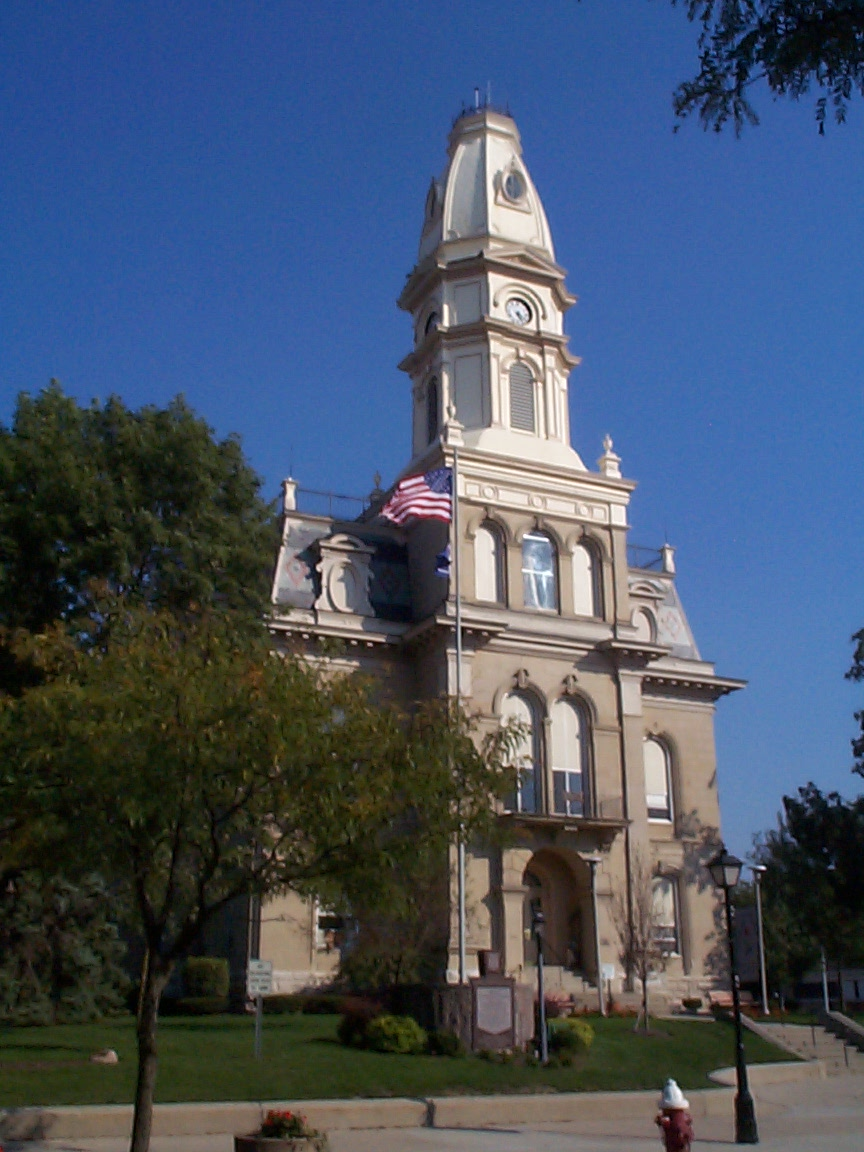 1 Logan County Courthouse1